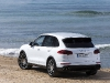 porsche-cayenne-turbo-carrara-white-metallic-2
