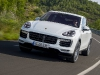 porsche-cayenne-turbo-carrara-white-metallic-32