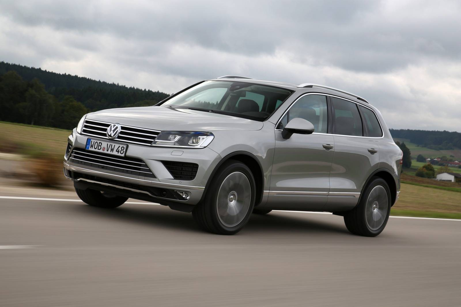 2015 volkswagen touareg facelift review. Black Bedroom Furniture Sets. Home Design Ideas
