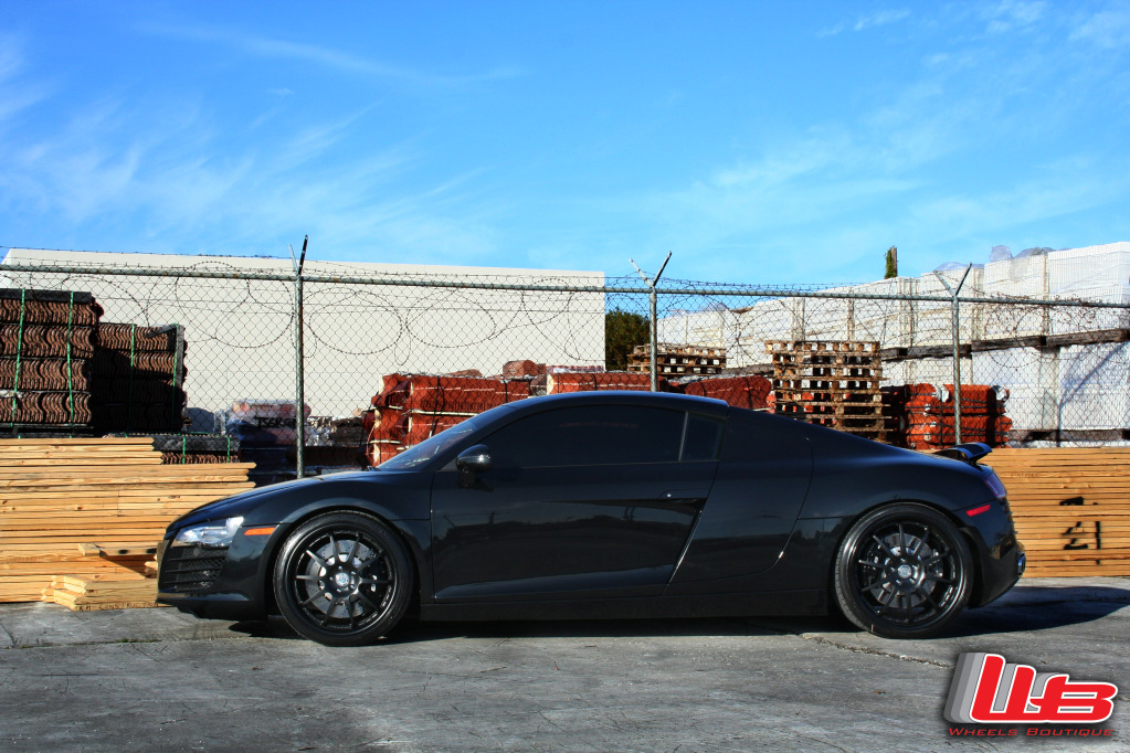 blacked out audi r8 on hre wheels gtspirit. Black Bedroom Furniture Sets. Home Design Ideas