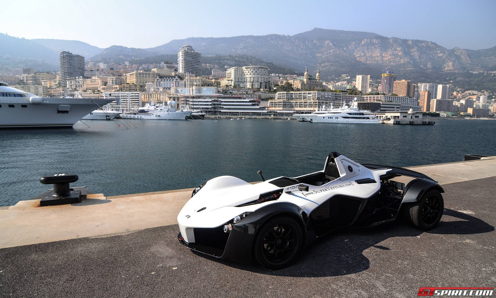 bac monaco first impression a day with the bac mono in monaco any one car in the world what. Black Bedroom Furniture Sets. Home Design Ideas