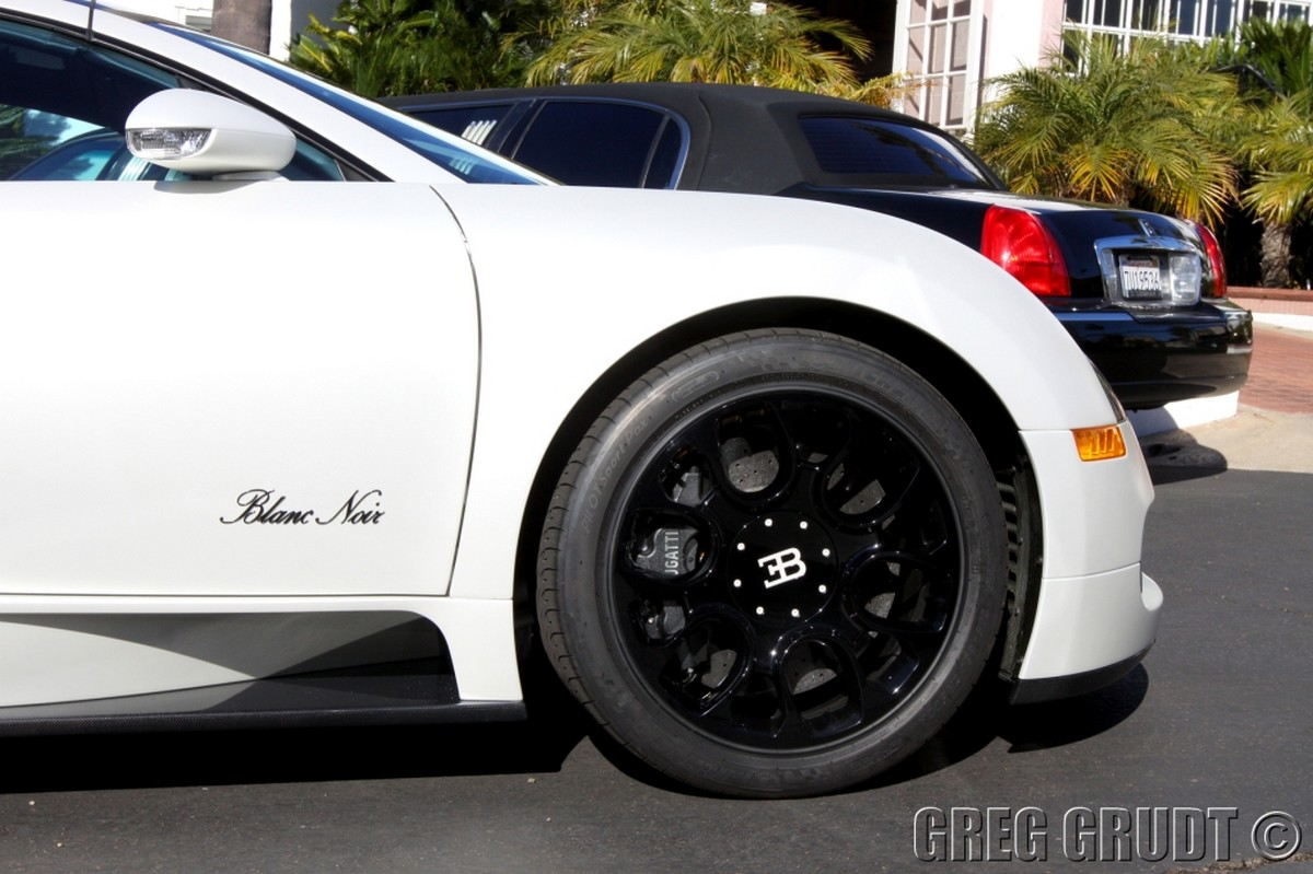 bugatti veyron grand sport blanc noir. Black Bedroom Furniture Sets. Home Design Ideas