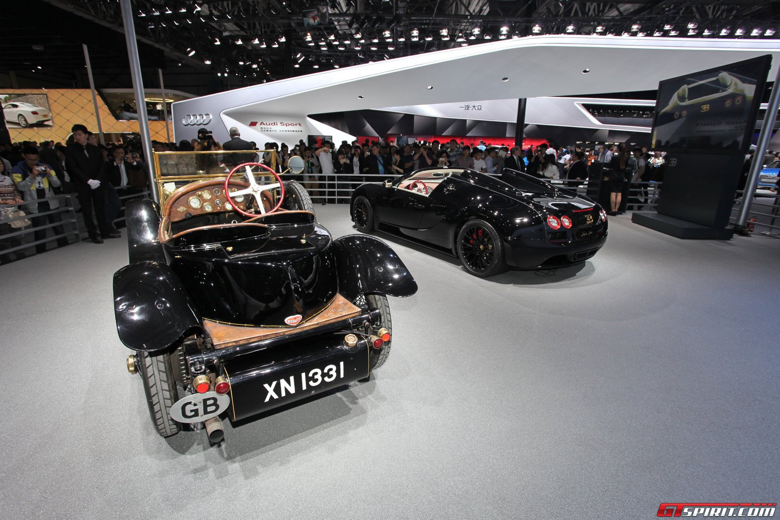 auto china 2014 bugatti veyron grand sport vitesse black bess. Black Bedroom Furniture Sets. Home Design Ideas