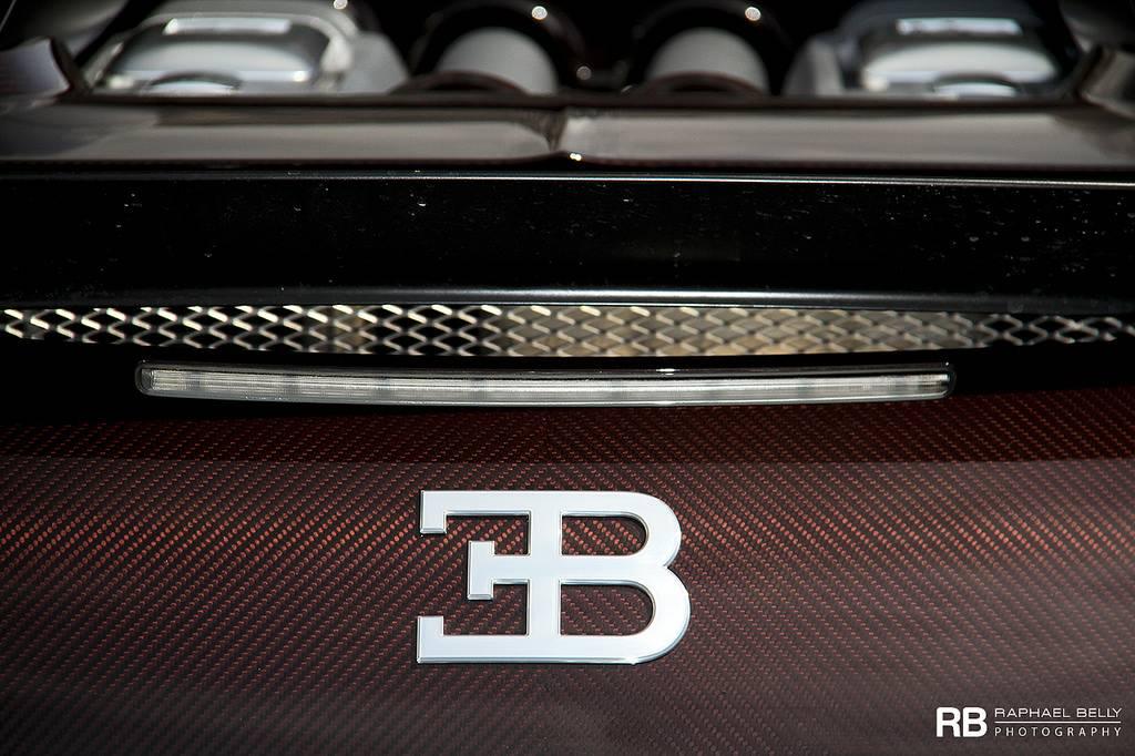 photo of the day bugatti veyron grand sport vitesse in monaco. Black Bedroom Furniture Sets. Home Design Ideas