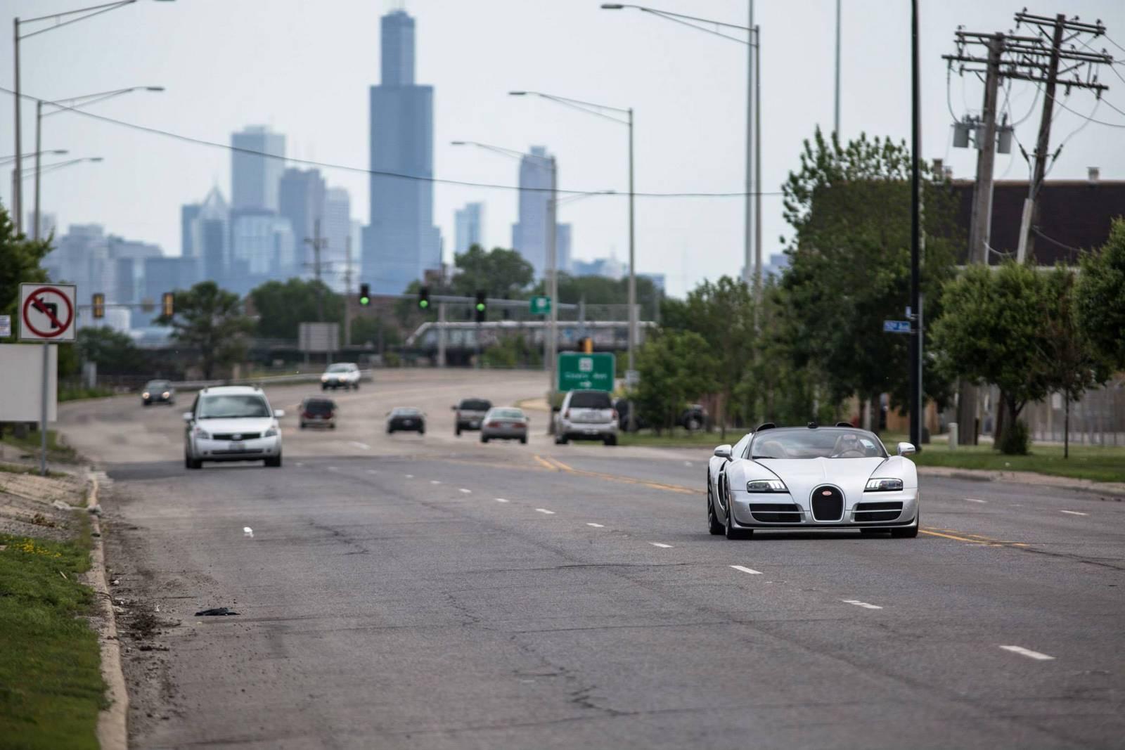 Bugatti Veyron Grand Sport Vitesse на дороге
