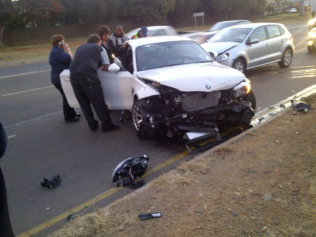 Car Crash Fourth Bmw 1 Series M Coupe Wrecked In South Africa Gtspirit