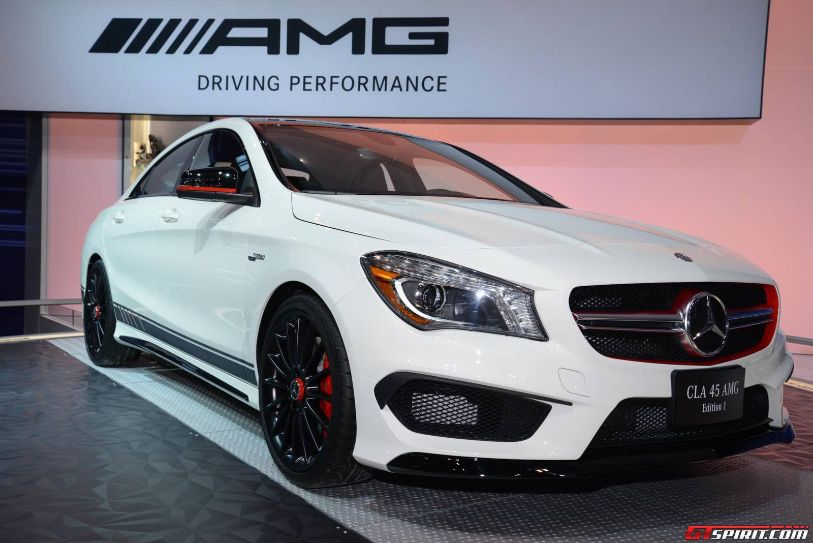 Chicago 2014: Mercedes-Benz CLA 45 AMG - GTspirit
