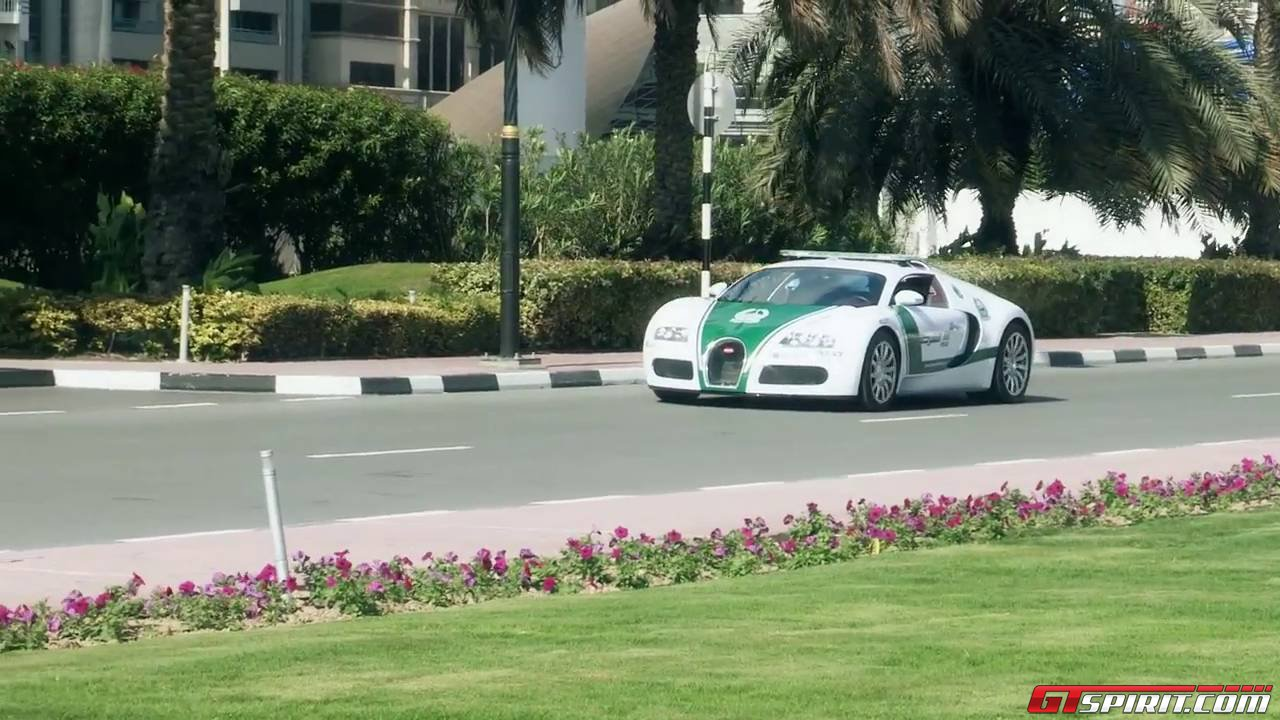 dubai police adds bugatti veyron to supercar collection. Black Bedroom Furniture Sets. Home Design Ideas