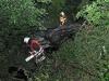 Ferrari fliegt von der A 31 acht Meter tiefer! Zwei Schwerverletzte!