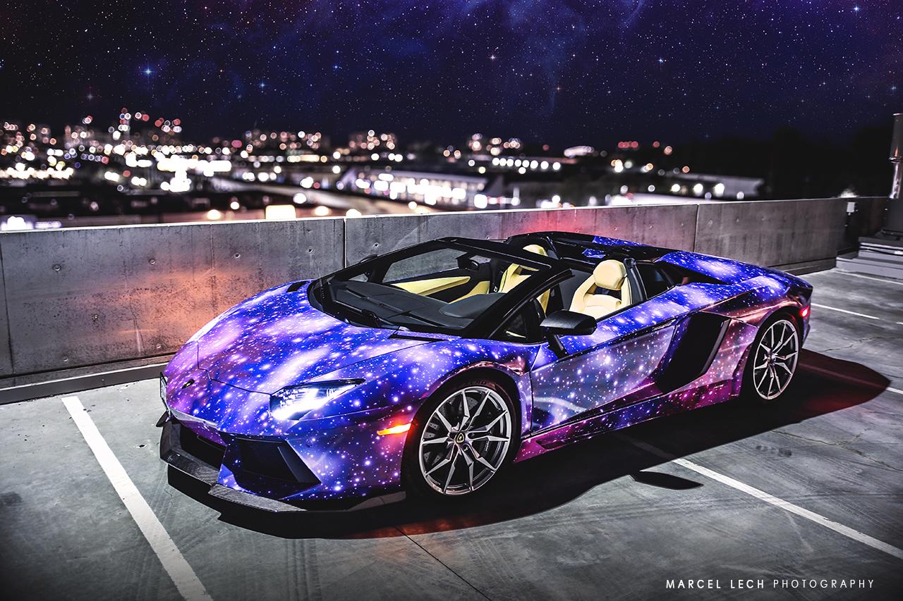 Родстер Lamborghini Aventador в Galaxy-виниле