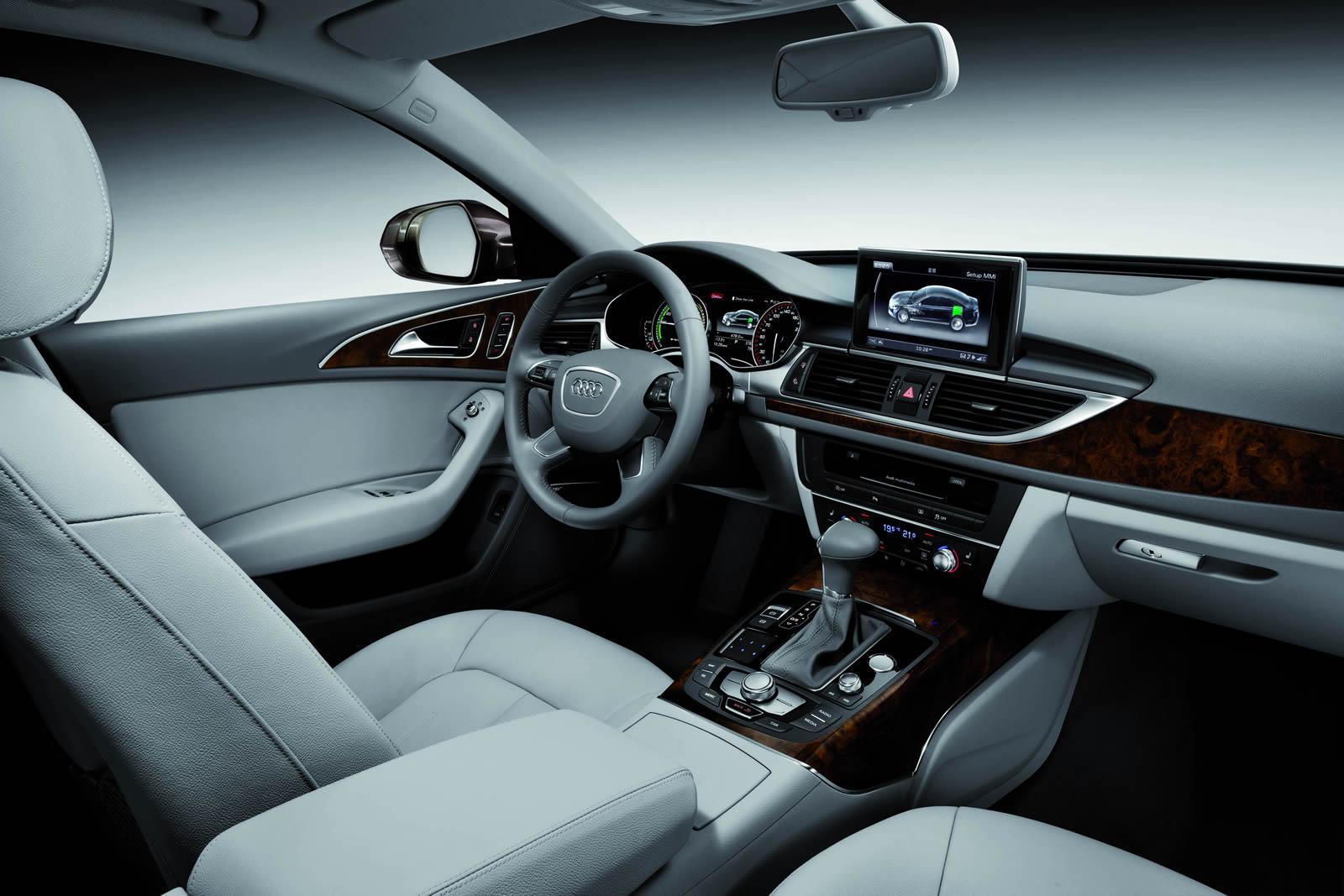 Фото салона Audi A6 L e-tron 2012 года