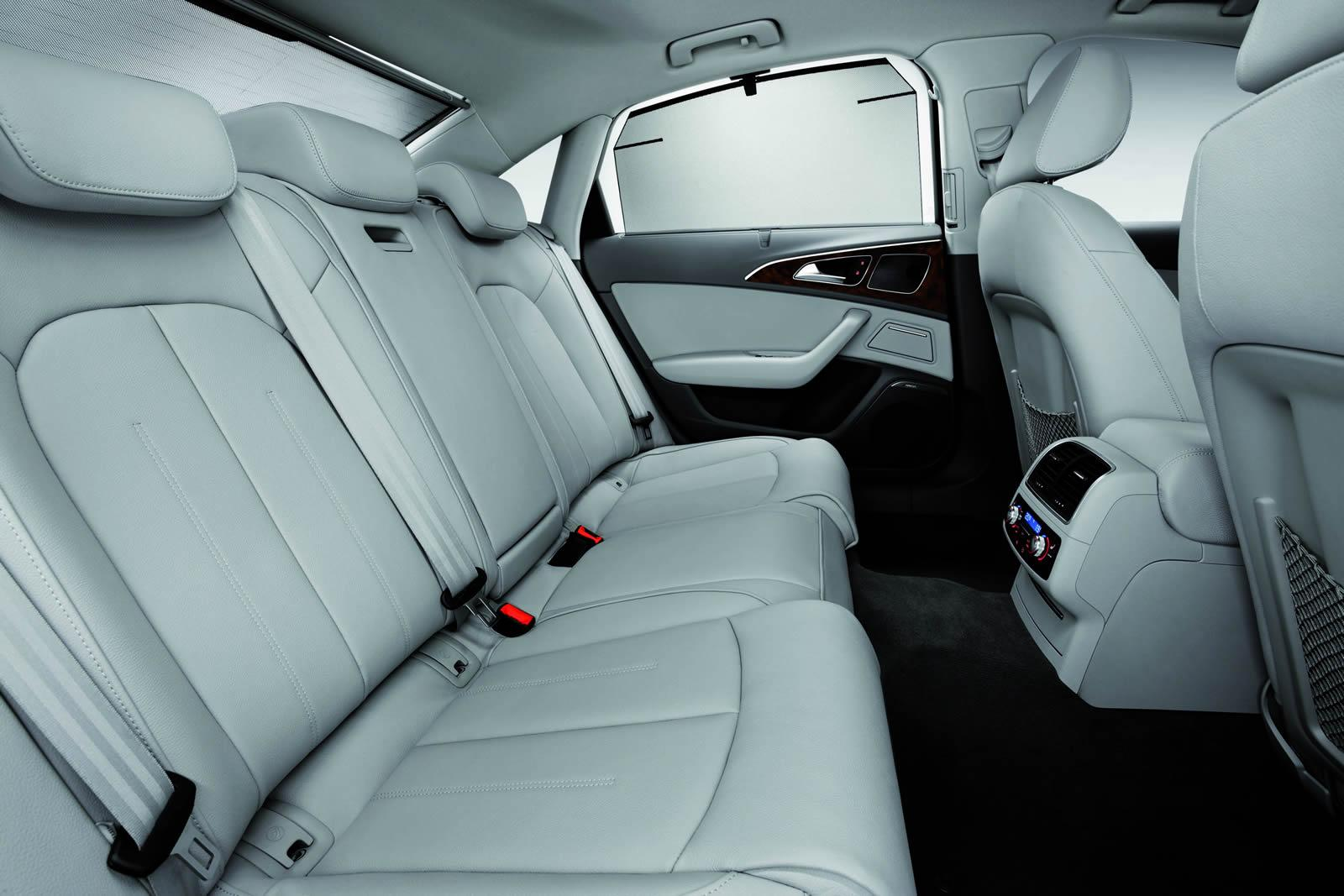 Задний диван Audi A6 L e-tron 2012 года