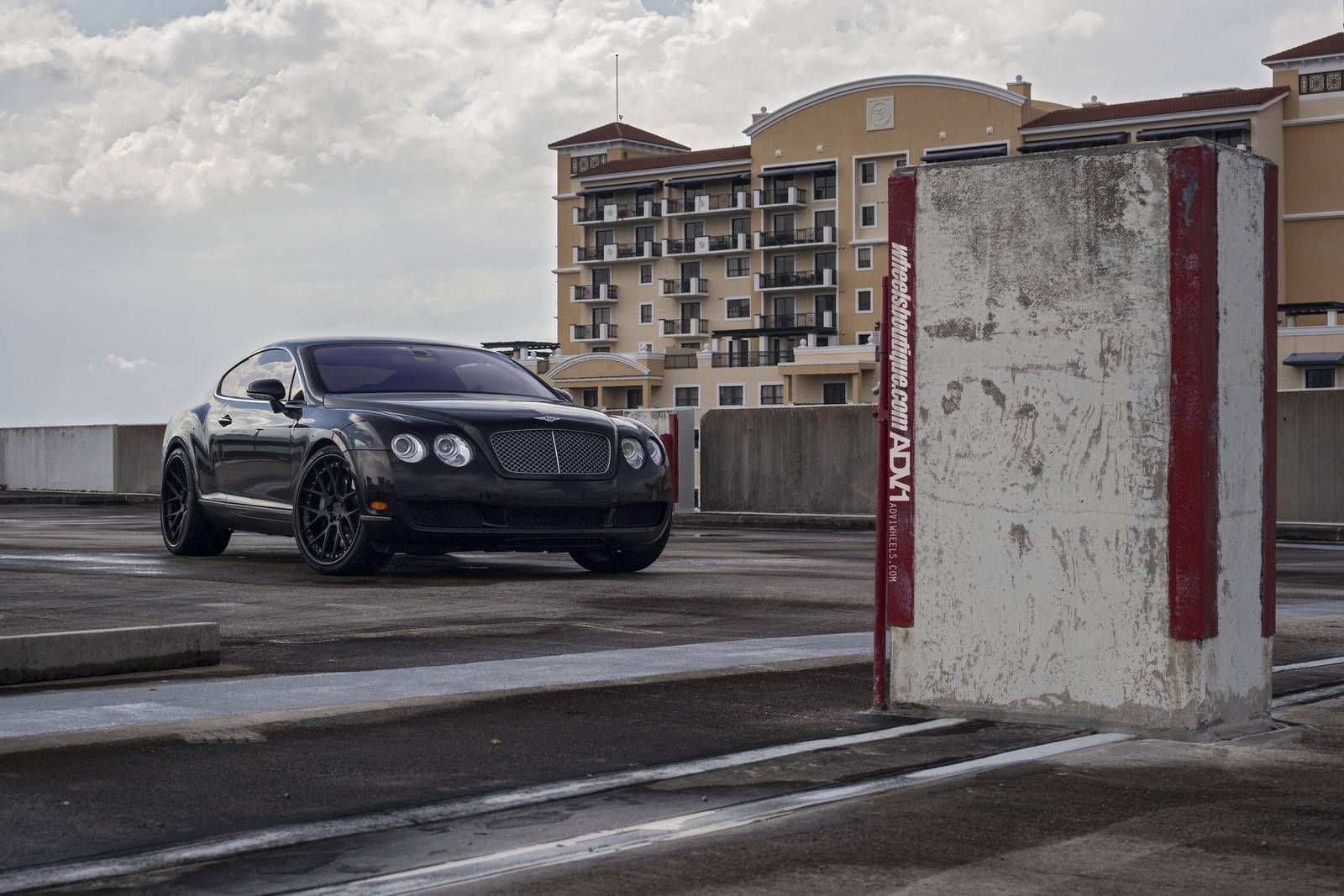 Фото Bentley Continental GT по версии Wheels Boutique