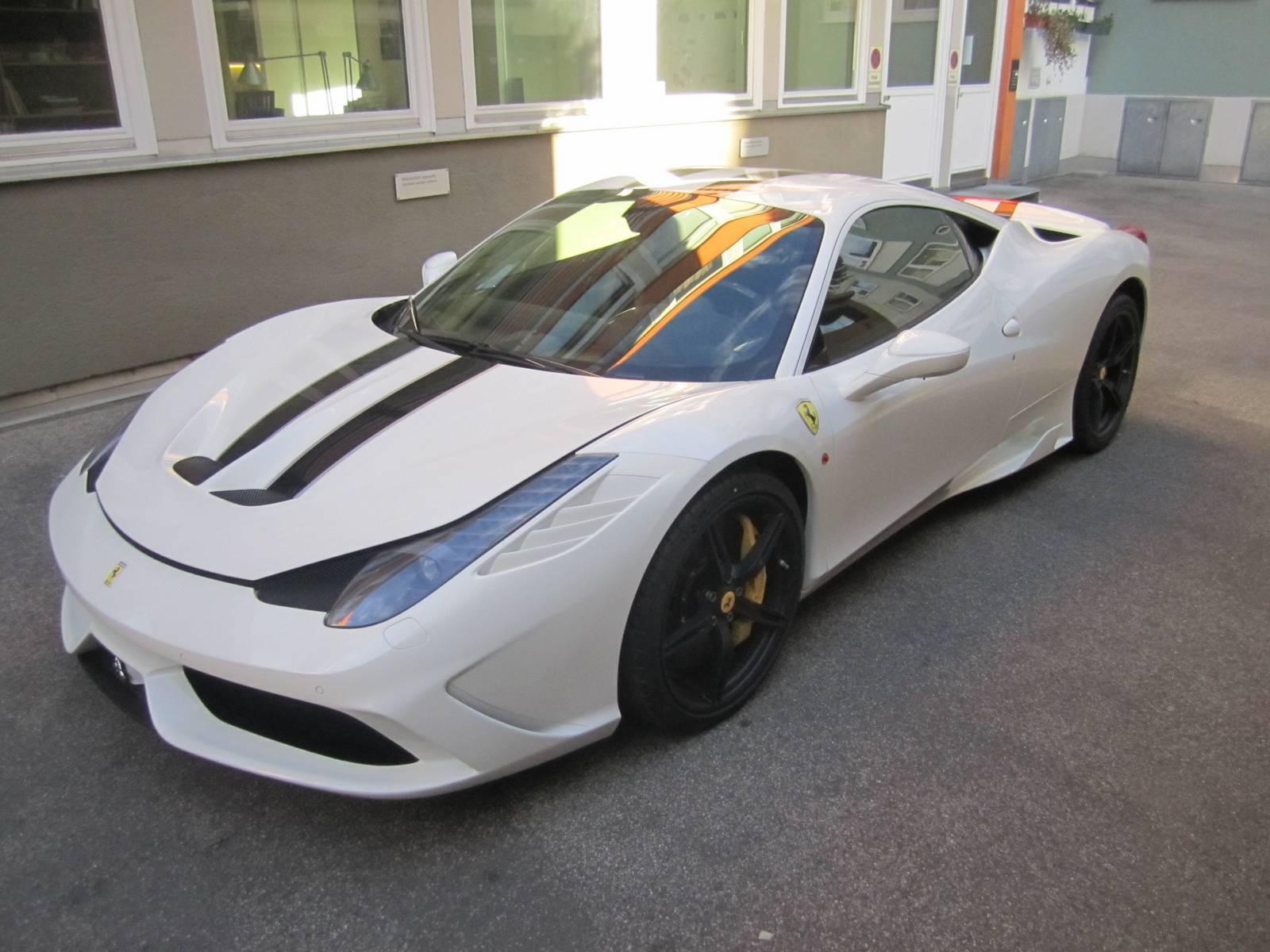 White Ferrari 458 Speciale Wallpaper White Ferrari 458 Speciale