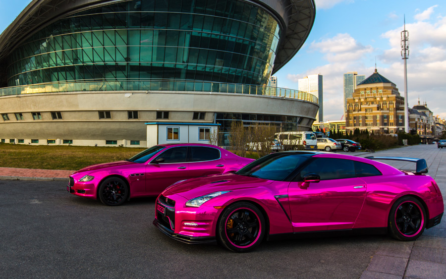 http://www.gtspirit.com/wp-content/gallery/gallery-pink-wrapped-nissan-gt-r-and-maserati-quattroporte/gtr-92.jpg