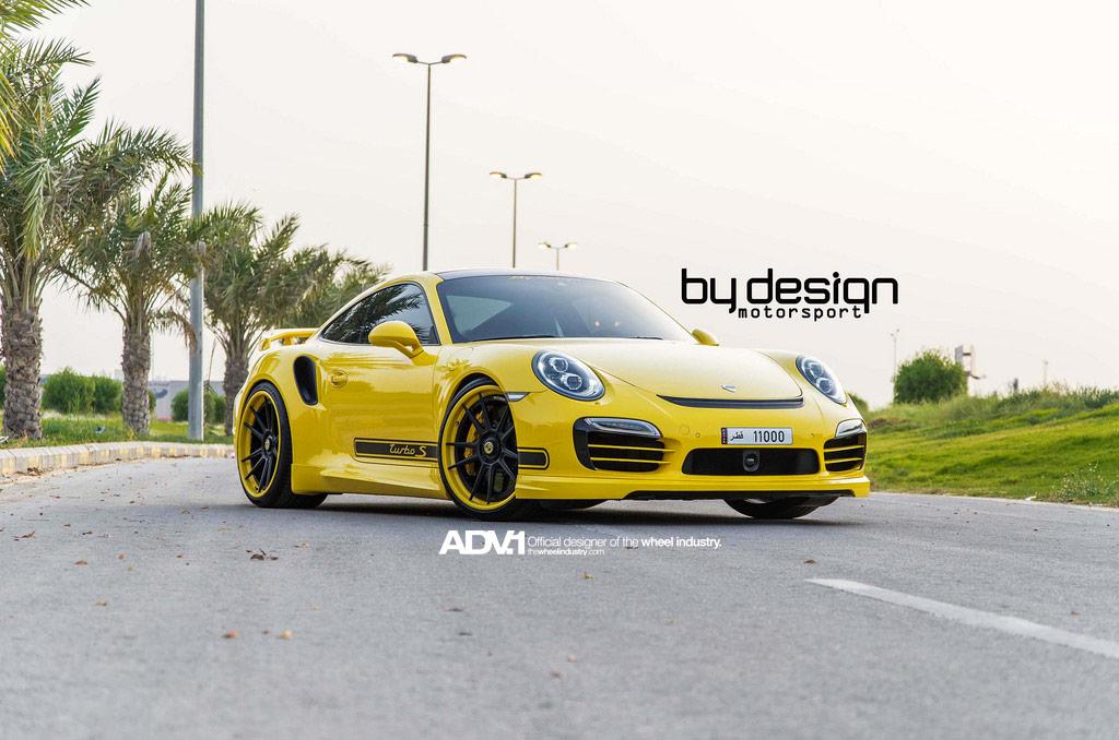 Porsche 911 Turbo S на двухцветных дисках ADV.1