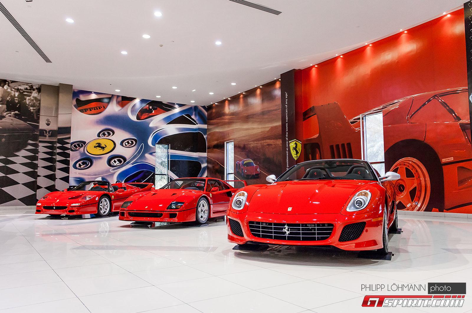 Гараж мечты в Абу-Даби. Ferrari 599