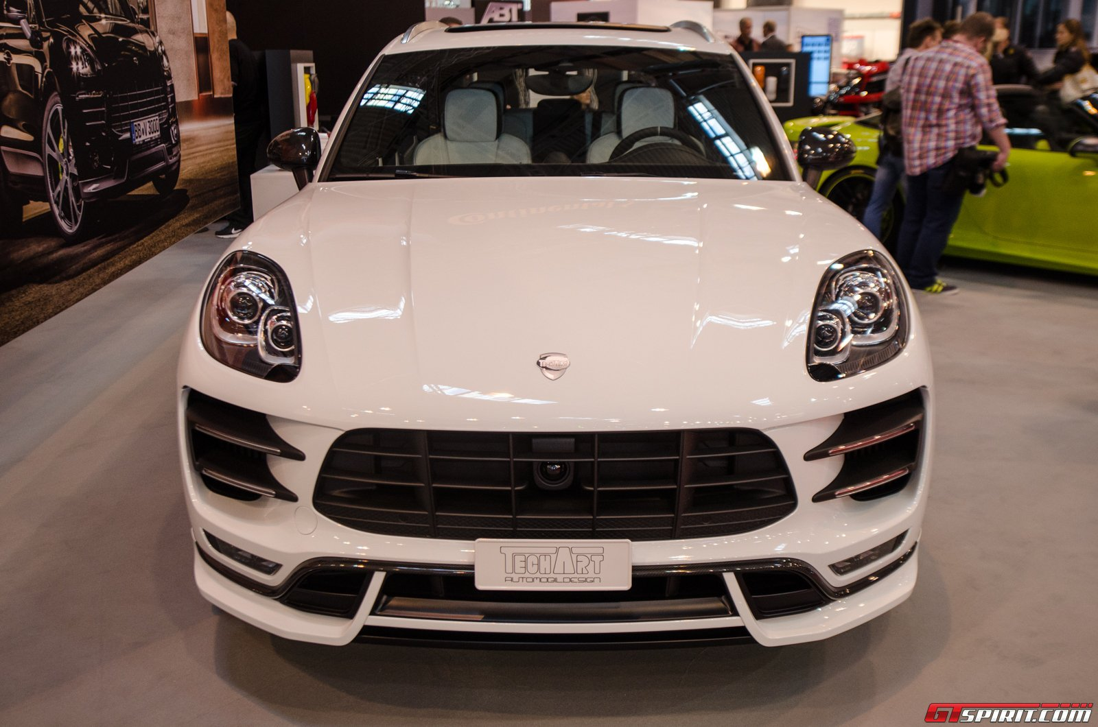 essen 2014 techart porsche macan. Black Bedroom Furniture Sets. Home Design Ideas