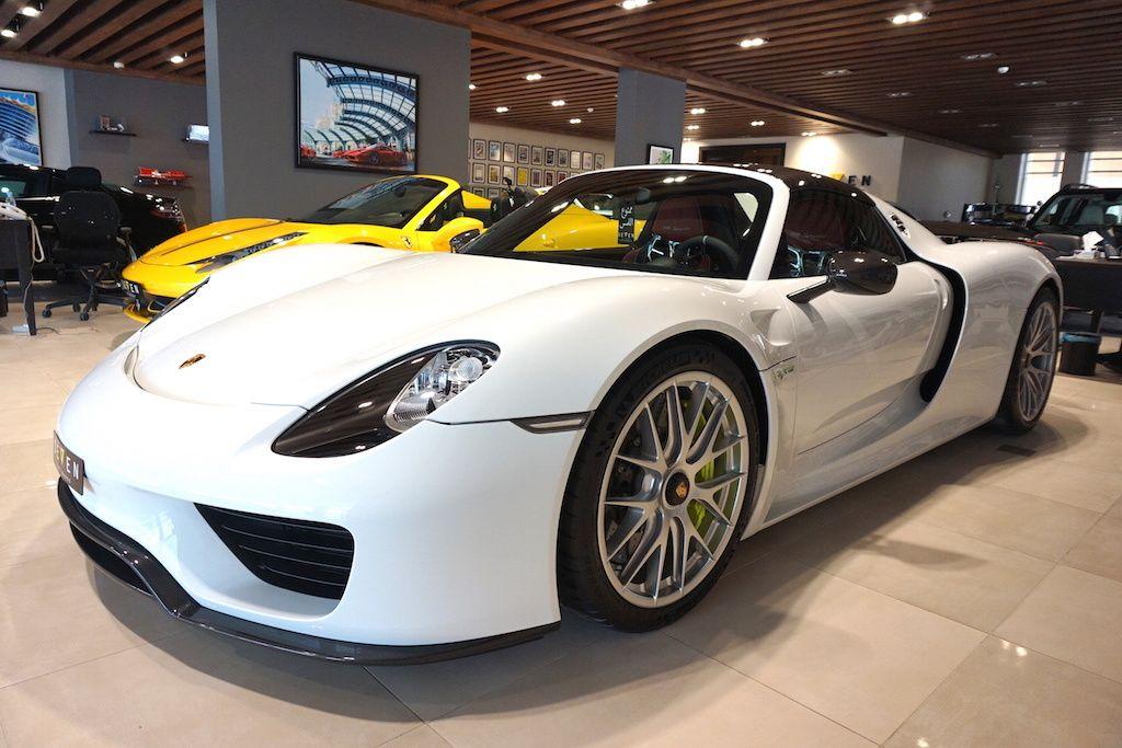 porsche 918 spyder for sale 6 - Porsche Spyder 918 White