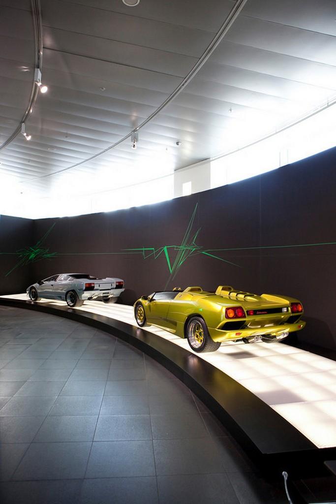 1992 lamborghini diablo. Lamborghini Diablo