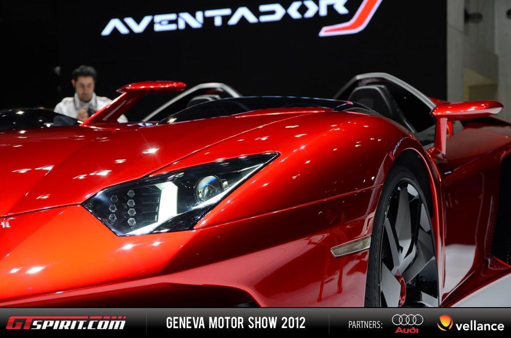Geneva 2012 Lamborghini Aventador J 002