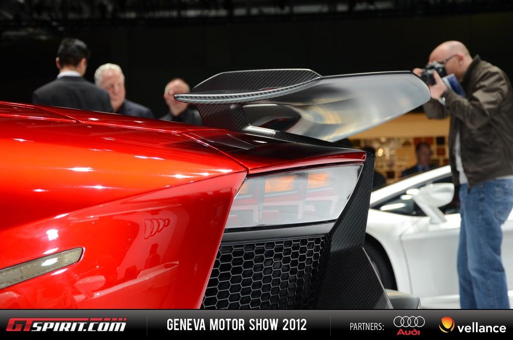 Geneva 2012 Lamborghini Aventador J 017