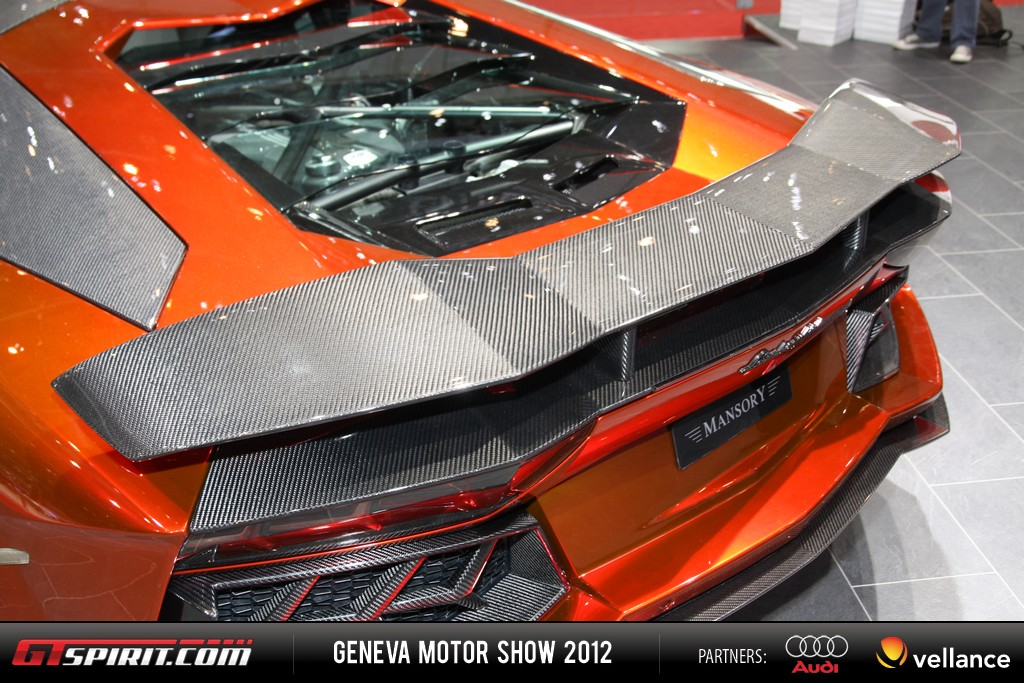 Geneva 2012 Lamborghini Aventador LP 700-4 007