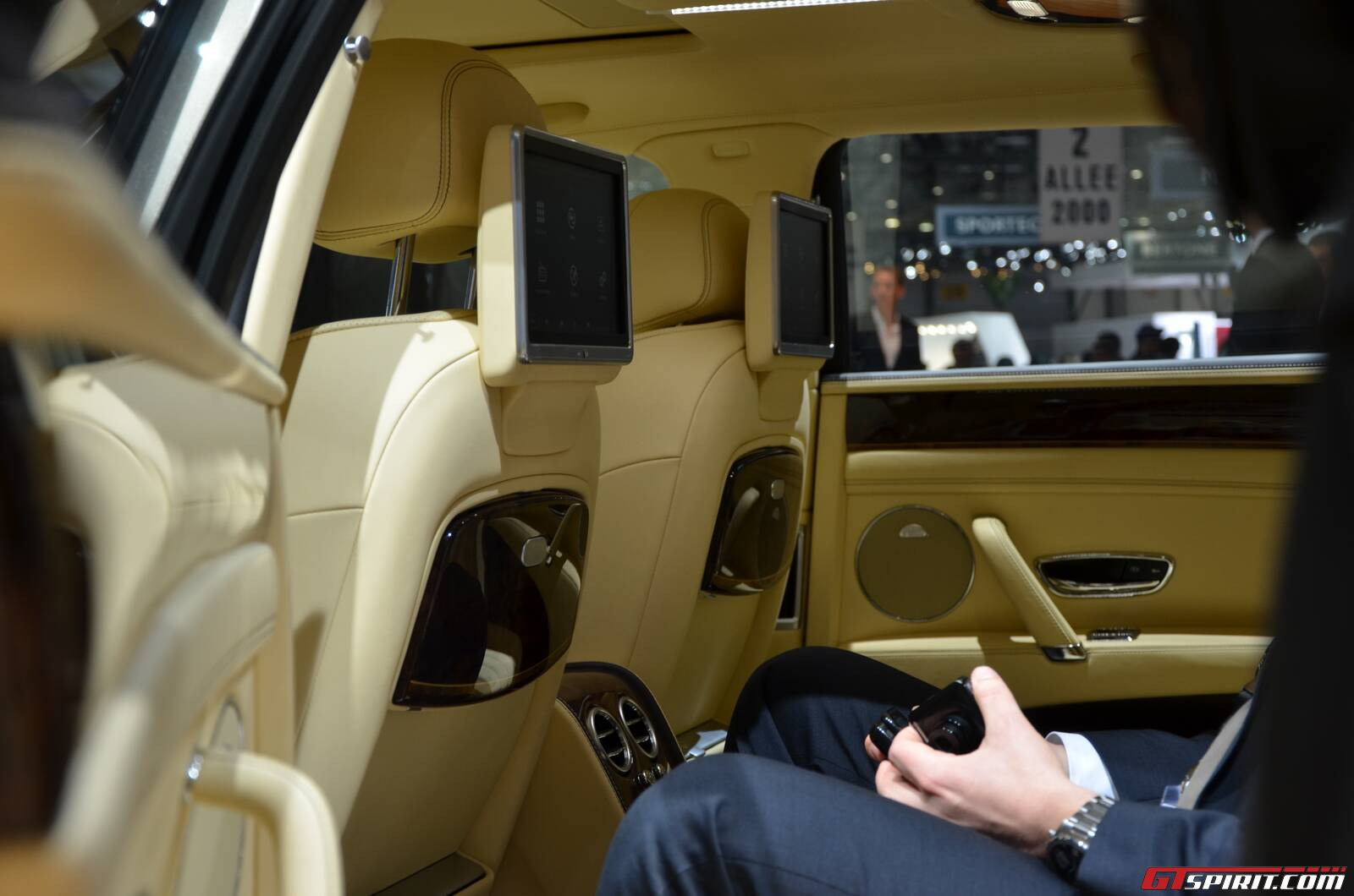 2015 Bentley Suv Price Release Date 2016 2017 Best Cars Review | 2017