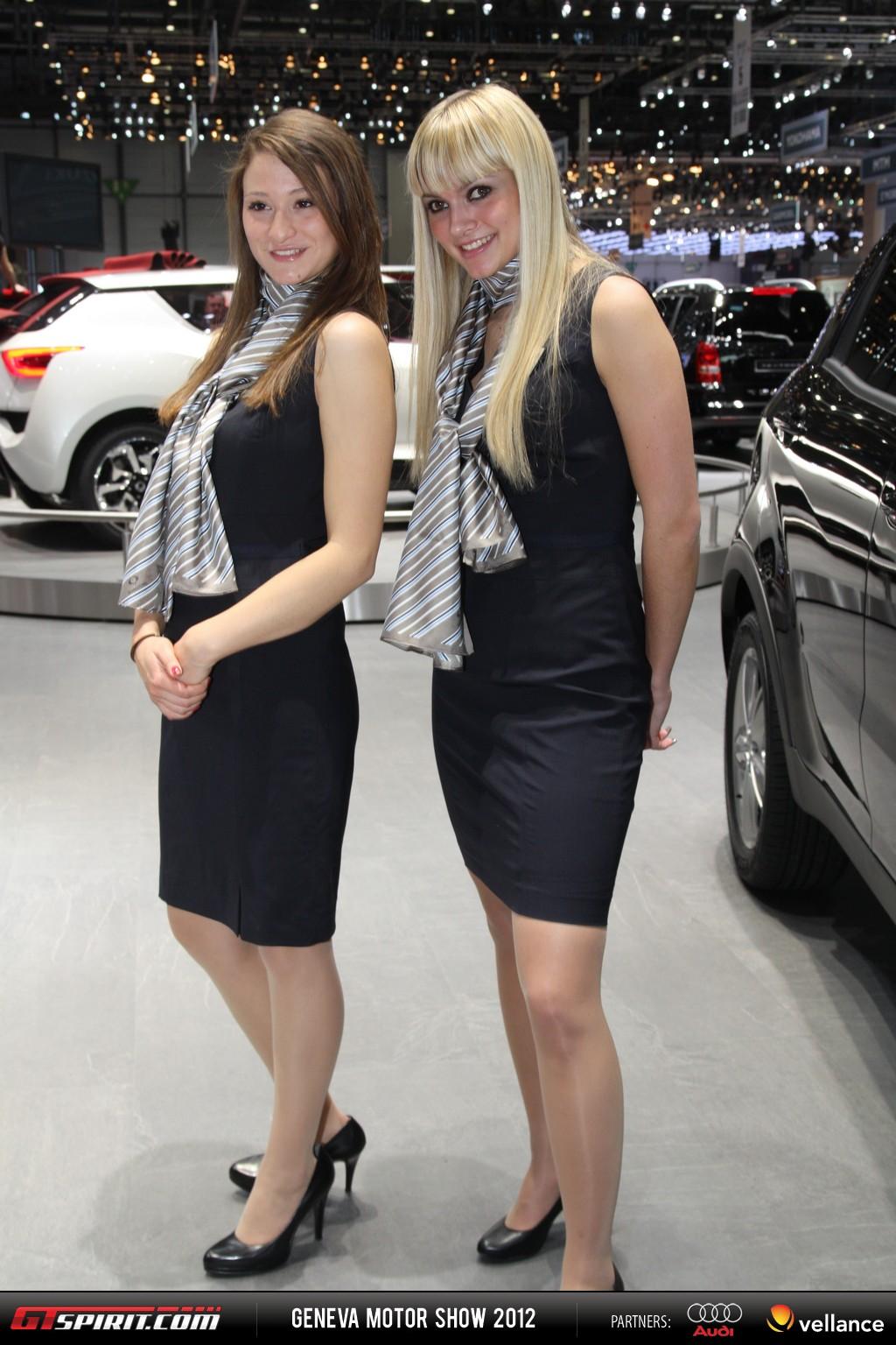 Geneva Motor Show 2012 Girls Part 2 013
