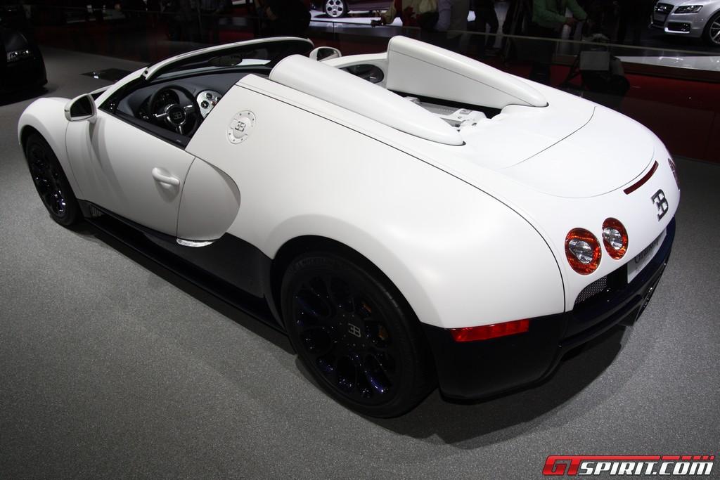 Bugatti Veyron 2011. Bugatti+veyron+2011+model