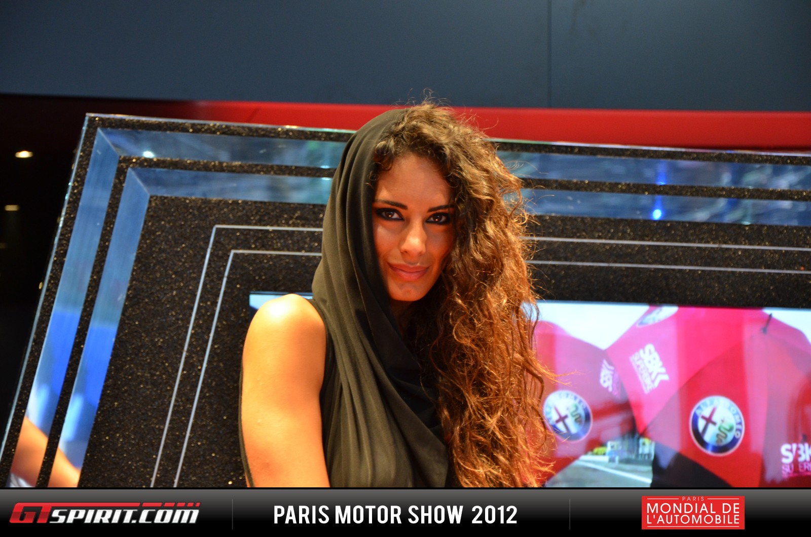 Girls at the Paris Motor Show 2012 Part 3 Photo 1