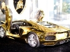 gold-lamborghini-aventador-2