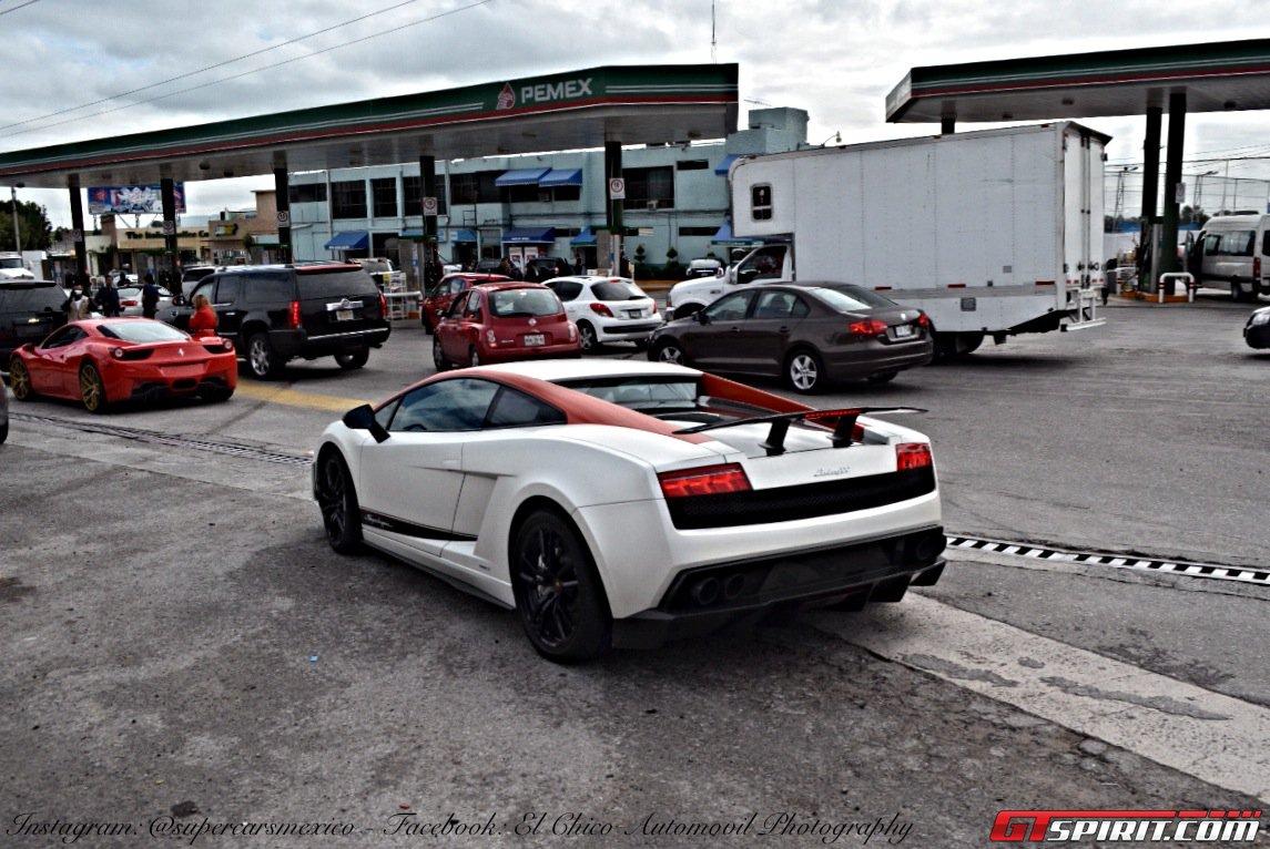 Фото   Белая Lamborghini Gallardo Coupe
