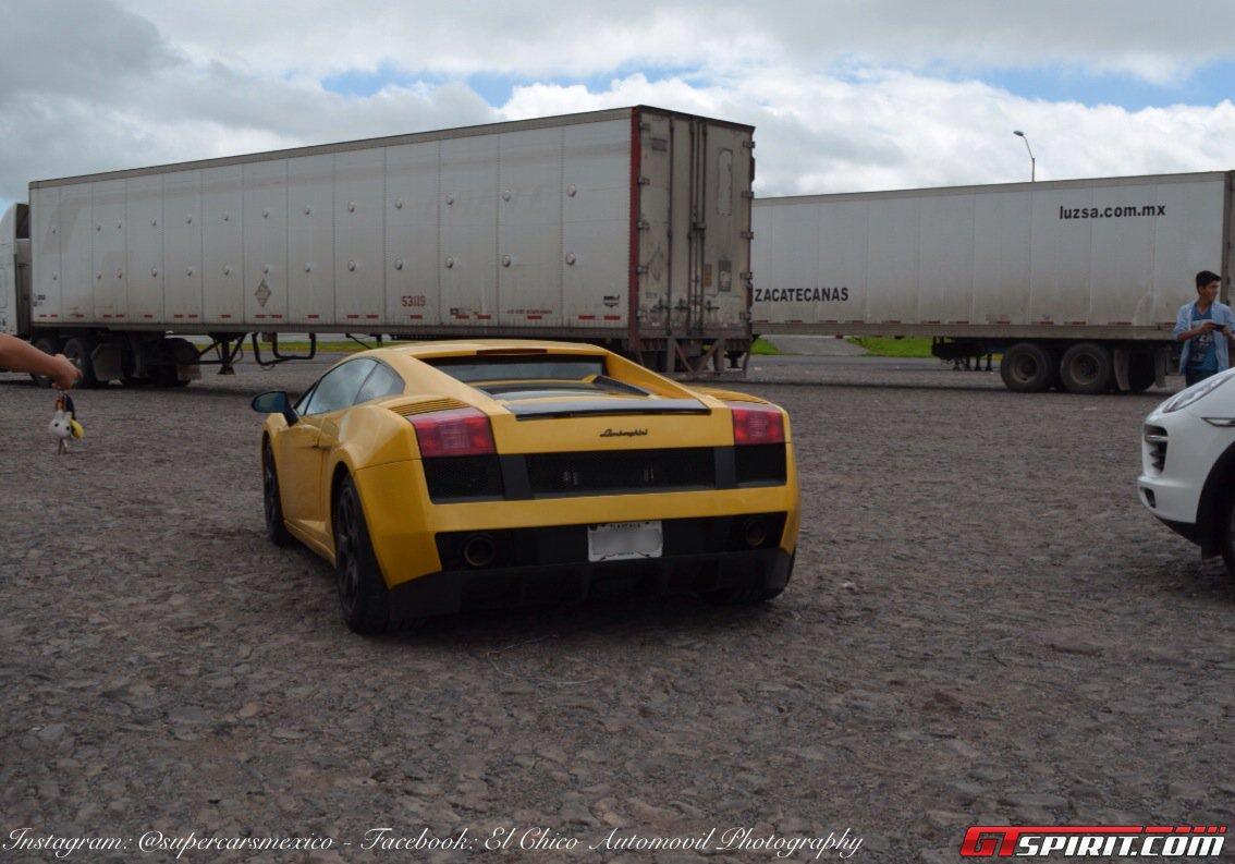 Фото   Жёлтый Lamborghini Gallardo