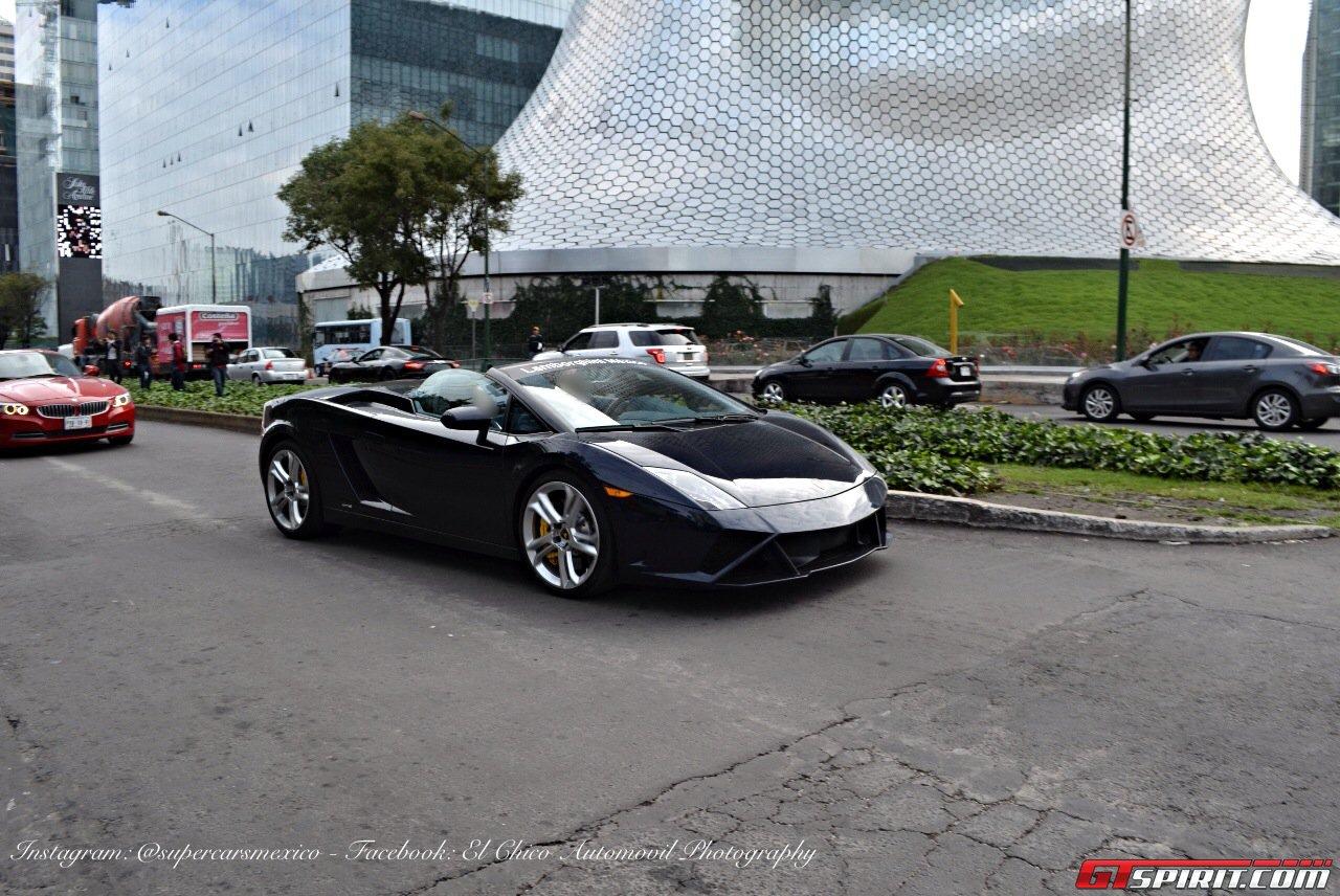 Фото   Чёрный Lamborghini Gallardo Spyder