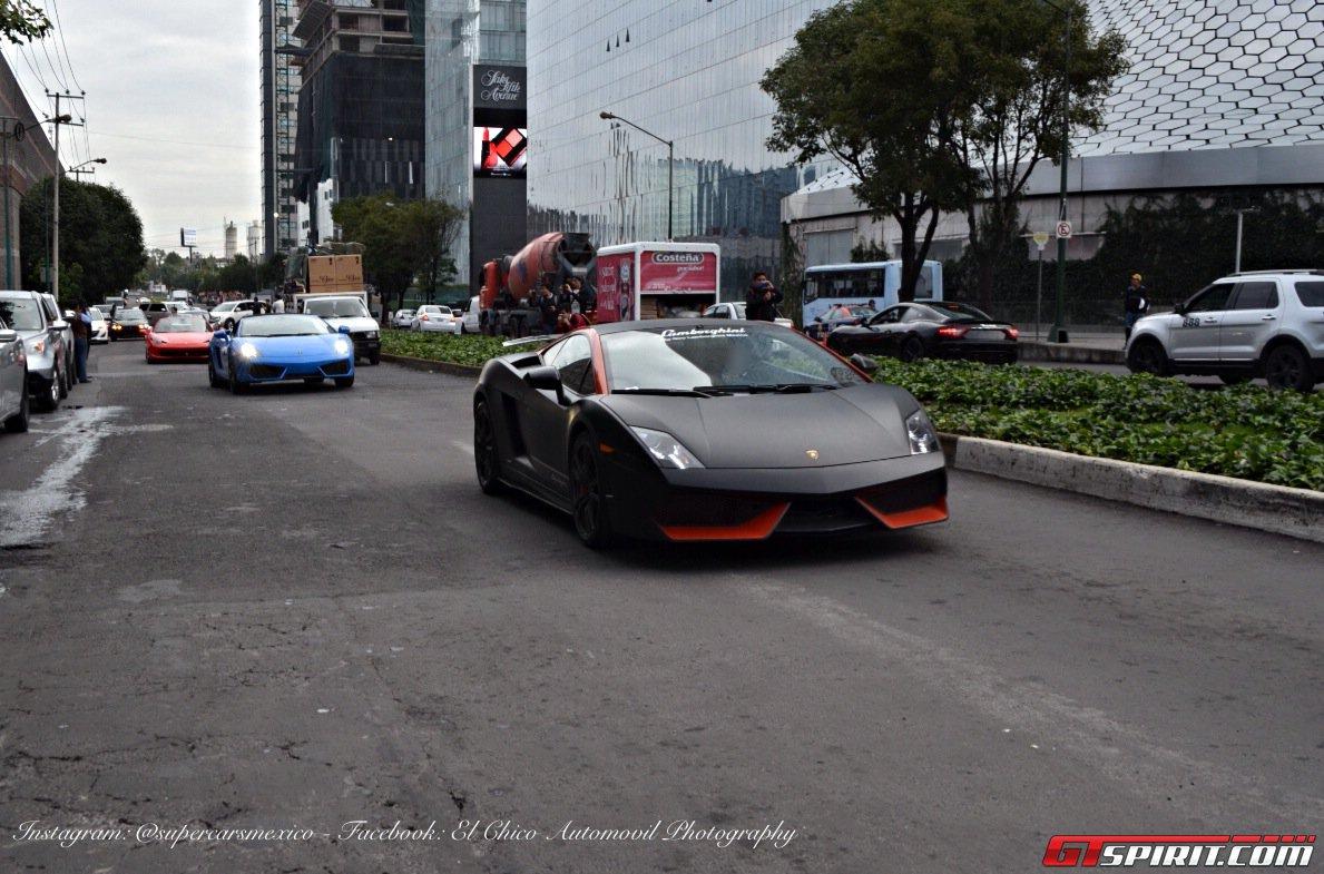 Фото   Чёрный матовый Lamborghini Gallardo