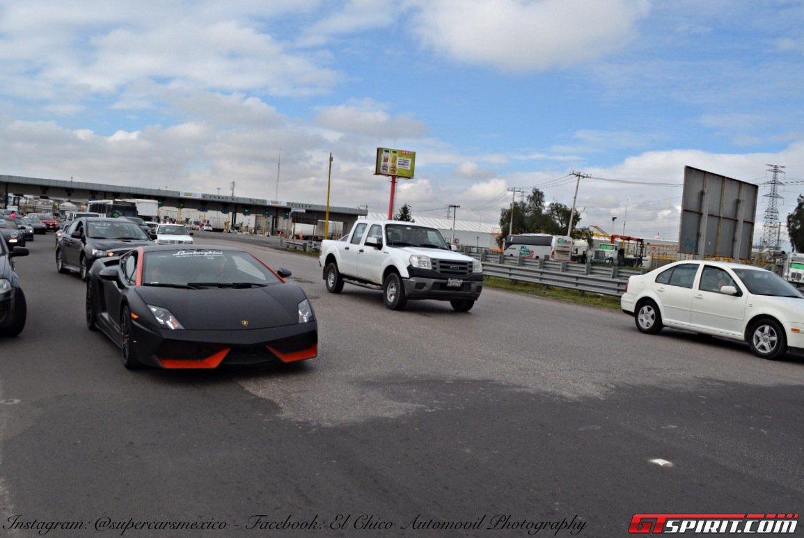 Фото   Чёрный Lamborghini Gallardo