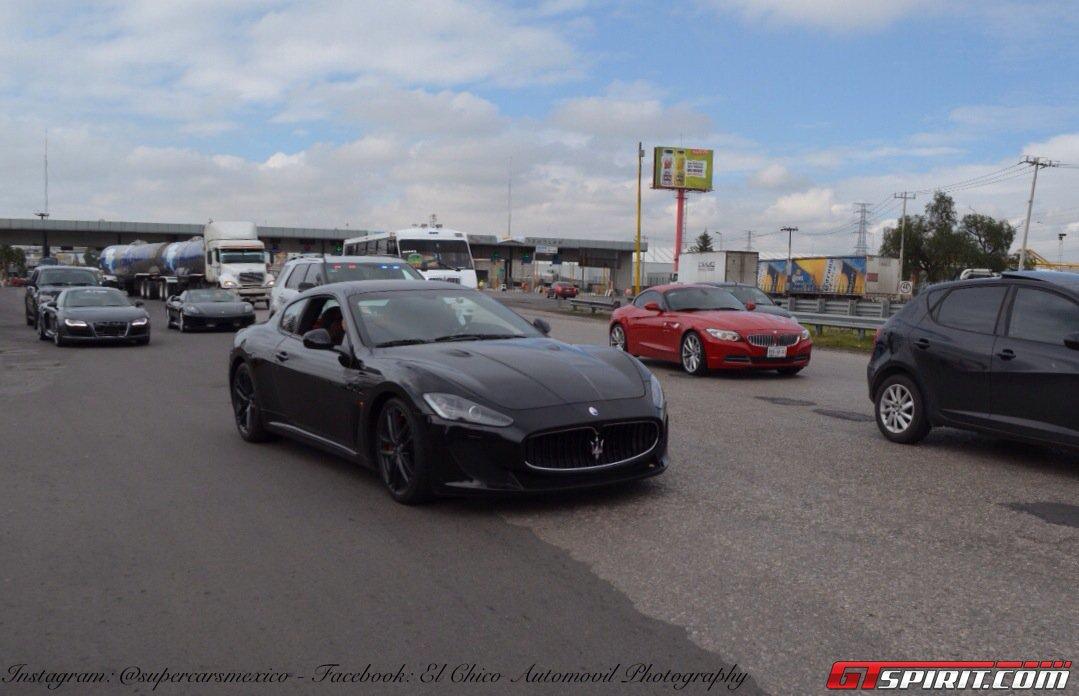 Фото   Чёрная Maserati Gran Turismo