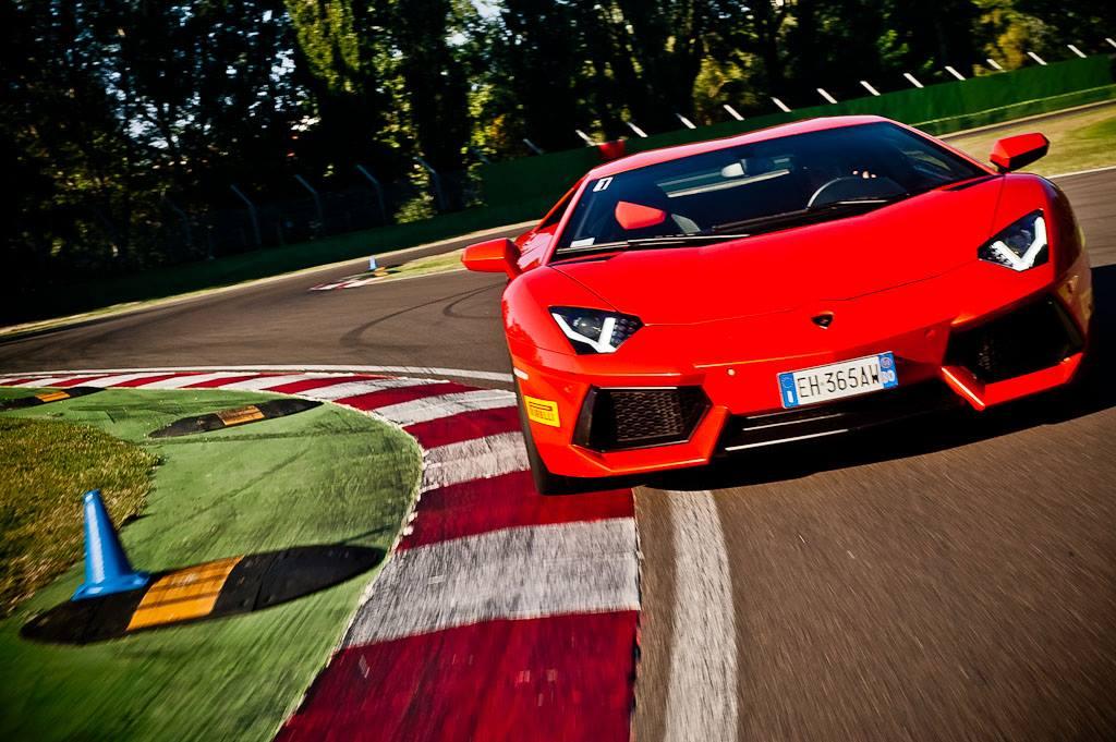 Курсы экстремального вождения на Lamborghini Aventador