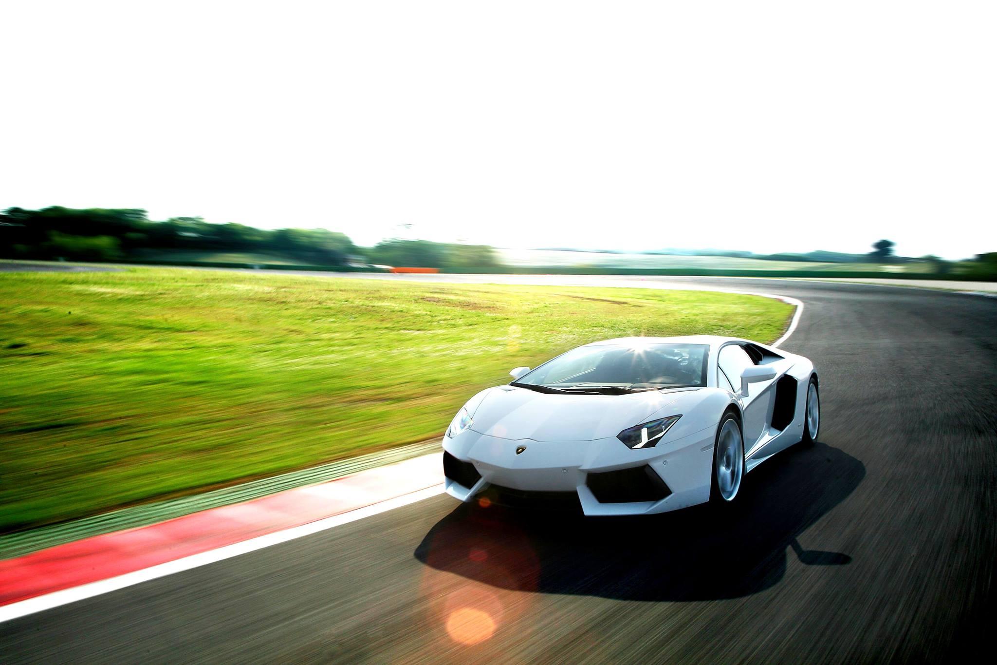 Обучение экстремальному вождению Lamborghini Aventador
