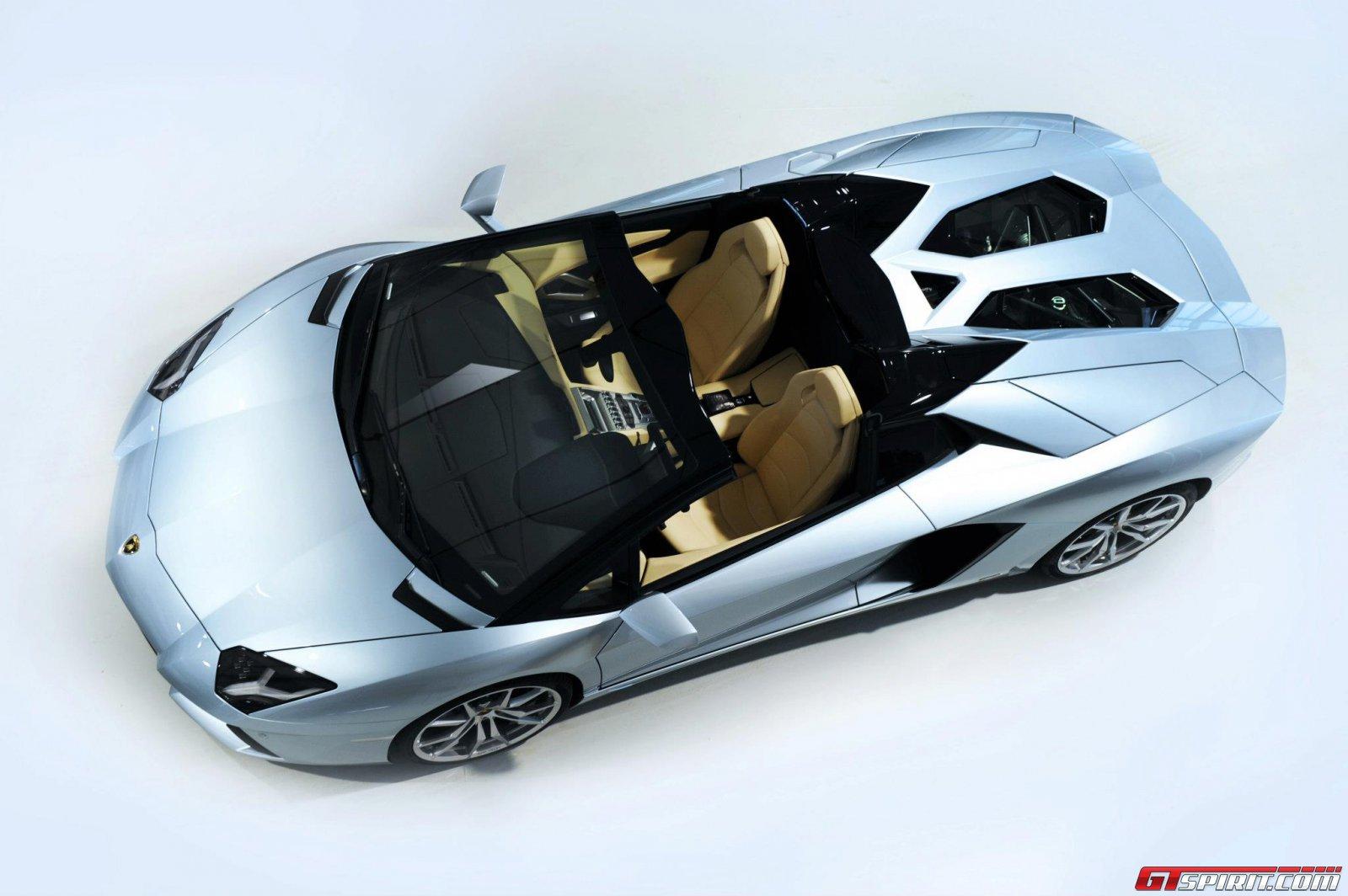 2013 Lamborghini Aventador LP700-4 Roadster Photo 22