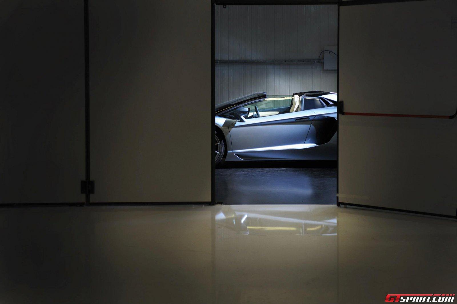 2013 Lamborghini Aventador LP700-4 Roadster Photo 17