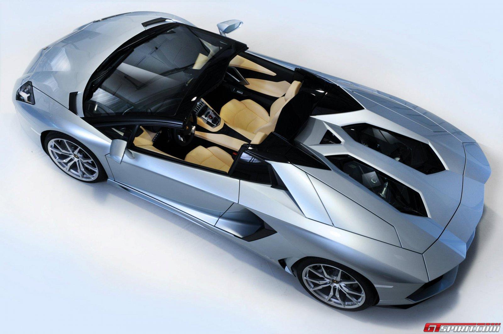 2013 Lamborghini Aventador LP700-4 Roadster Photo 23