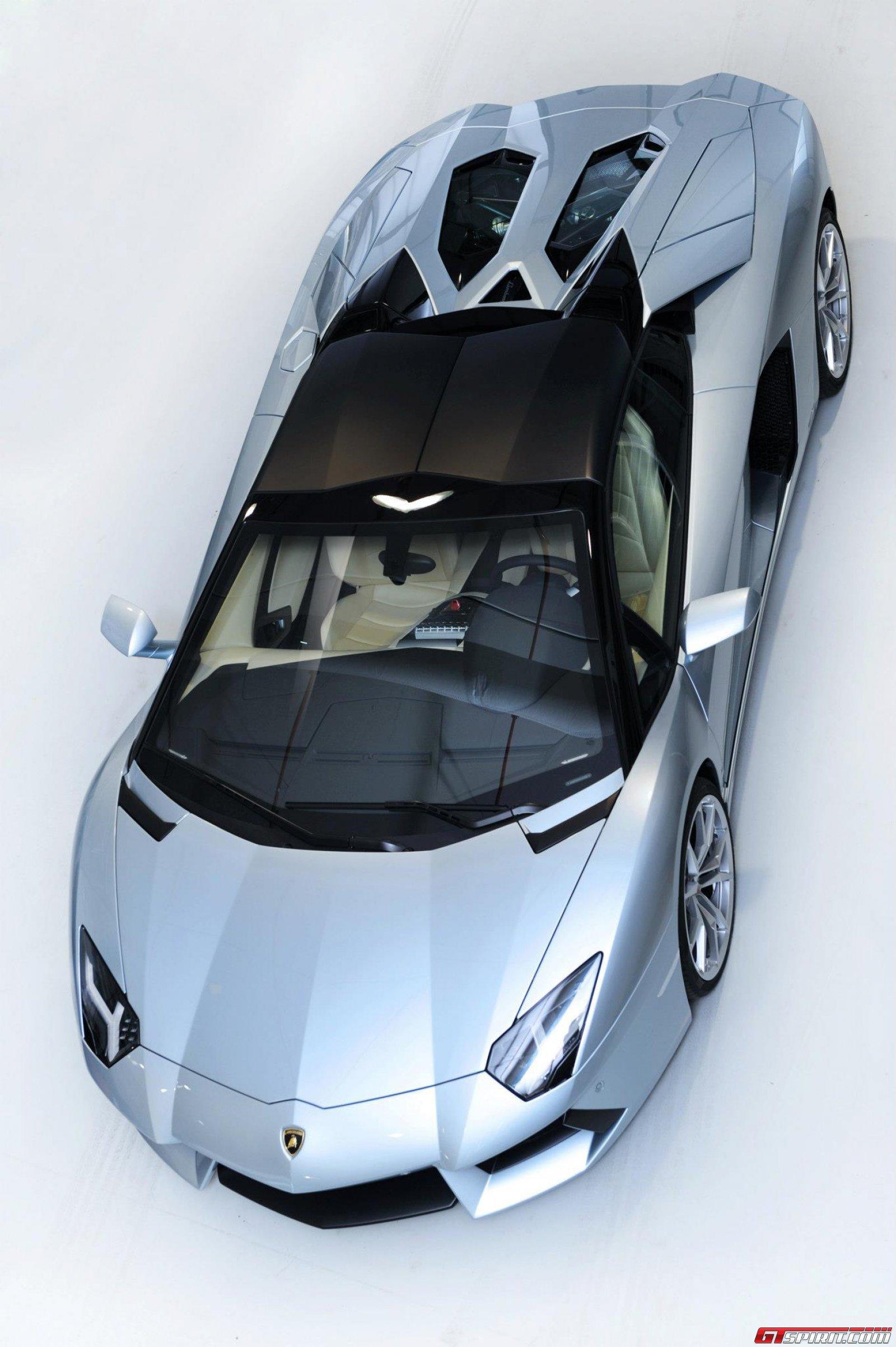 2013 Lamborghini Aventador LP700-4 Roadster Photo 21