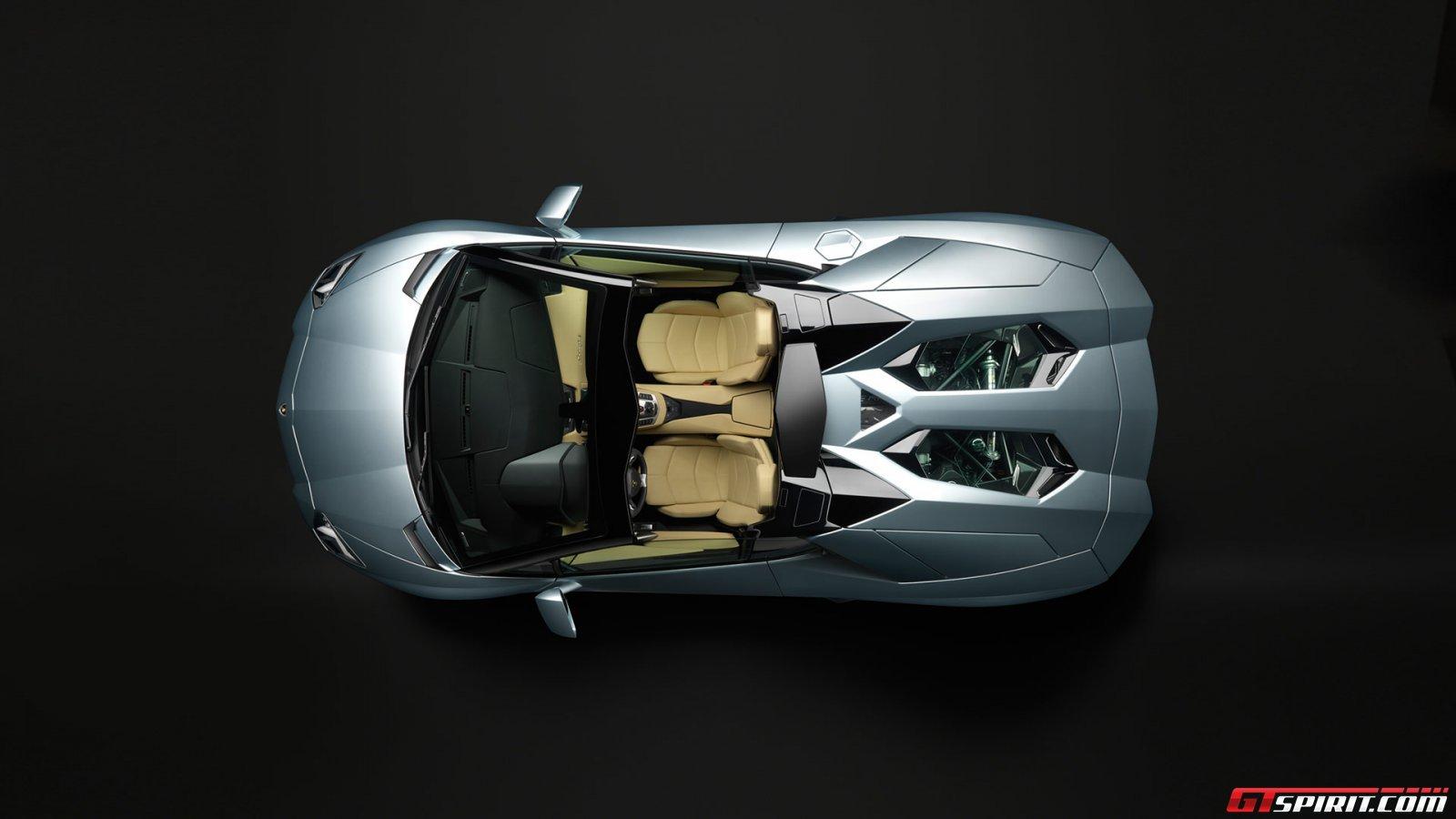 2013 Lamborghini Aventador LP700-4 Roadster Photo 4