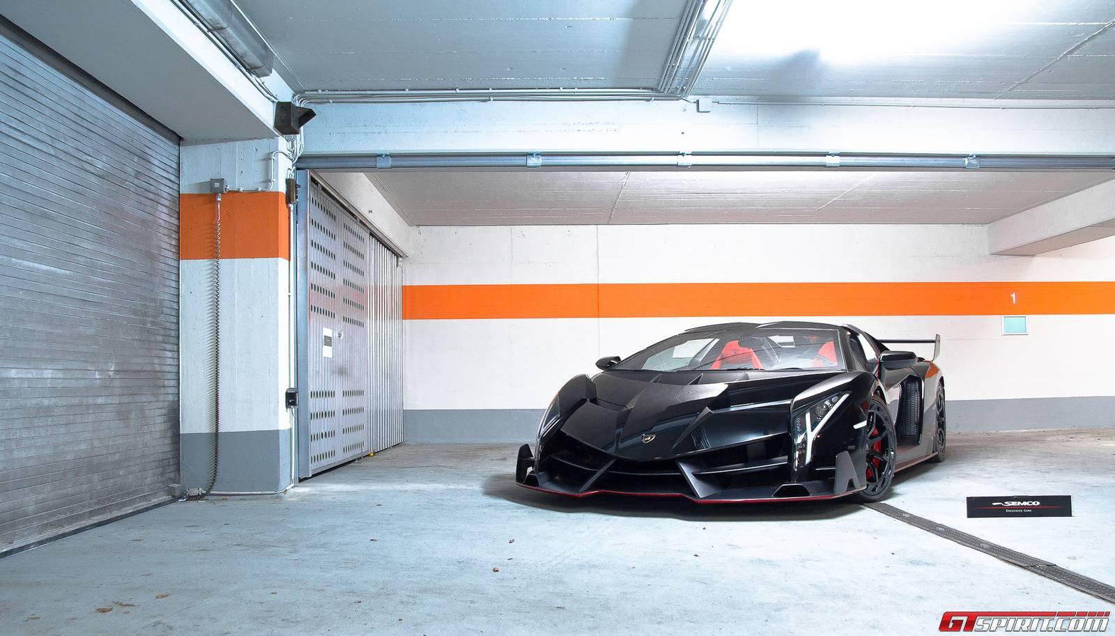 Фото Lamborghini Veneno Roadster