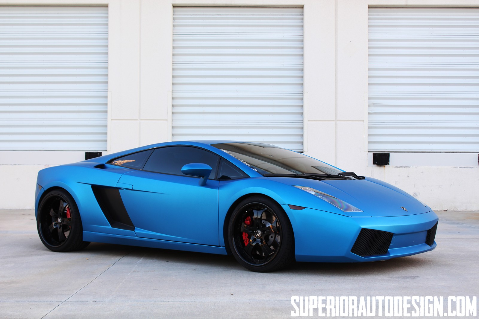 Lamborghini Gallardo Blue on Porsche Rs Spyder Race Car