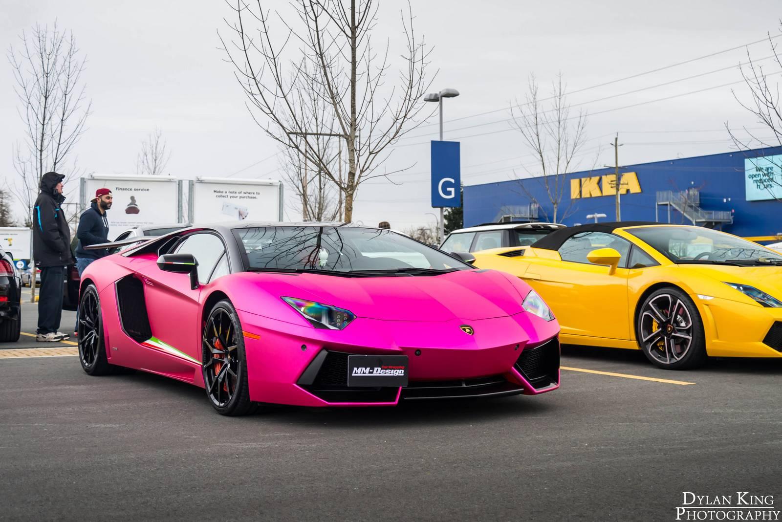 Lamborghini reventon pink