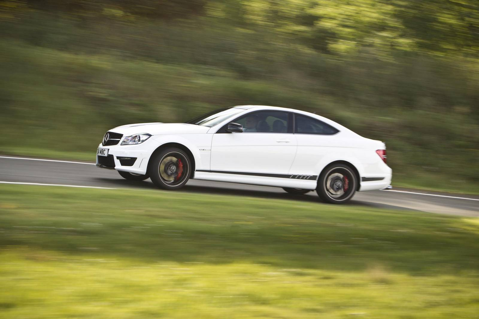Video pp performance mercedes benz c63 amg does massive for Performance mercedes benz