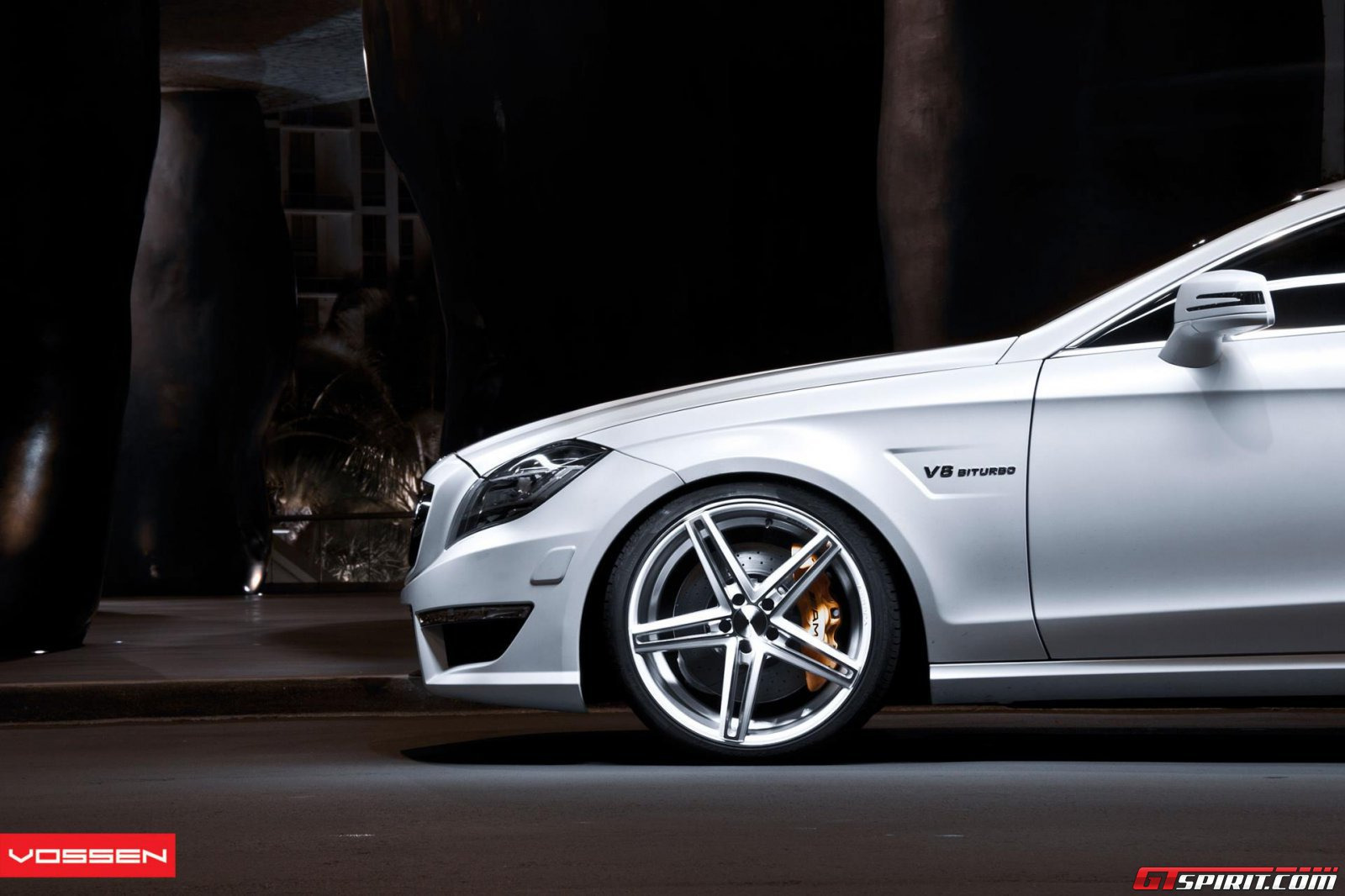 Mercedes benz cls on 20 inch vossen wheels for Mercedes benz 20 inch wheels